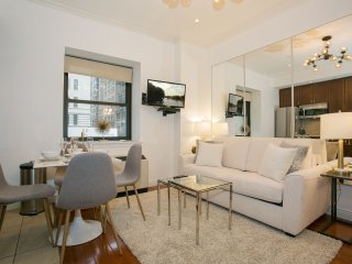Fantastic Luxurious One Bedroom Midtown