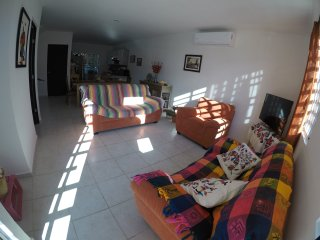 SpaciousTownhouse near Puerto Morelos Beach