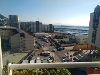 Holiday Studio Apartment in Gibraltar town with pool/wifi and seaview