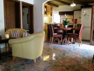 3-Bedroom Holiday house with huge private terrace near the beach (5 persons)
