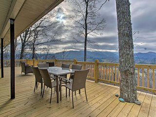 NEW! 2BR Burnsville Cottage w/ Deck & Views!