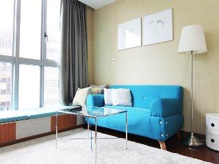 Big unique luxury serviced apartment near Taipei 101 & MRT