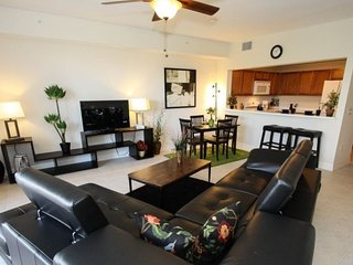 3265MPD. Waterfront 3 Bedroom 3 Bath Townhome in Ruskin FL