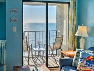 NEW! Myrtle Beach Studio w/Balcony & Pool Access!