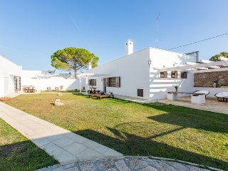 Villa Colimena, farmhouse for rent in Puglia. Beaches 6km