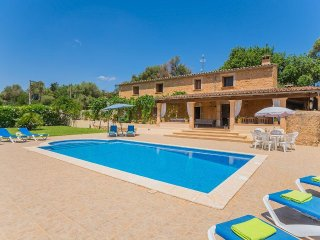 4 bedroom Villa in Lloret de Vistalegre, Balearic Islands, Spain : ref 5512133
