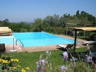 2 bedroom Apartment in Sant'Antonio, Tuscany, Italy : ref 5504880