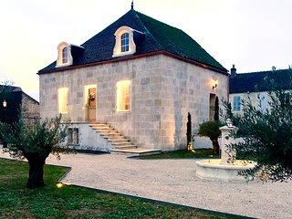 Villa d'Hôtes de Luxe - Séjour Prestige avec Spa, visites touristiques...