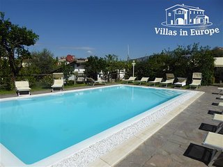 2 bedroom Apartment in Sorrento, Campania, Italy : ref 5484695