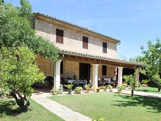 GINA - Villa for 8 people in Algaida