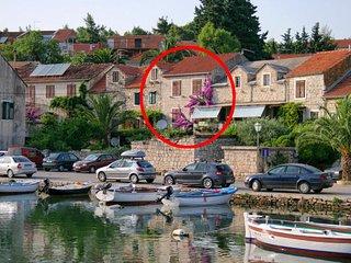 4 bedroom Villa in Vrboska, Splitsko-Dalmatinska Županija, Croatia : ref 5463201