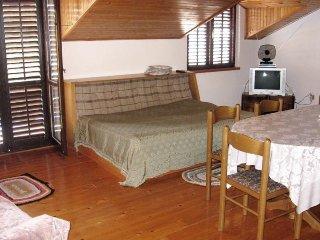 Three bedroom apartment Prizba, Korcula (A-4484-d)