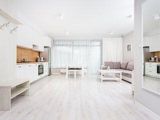 InPoint White Apartment