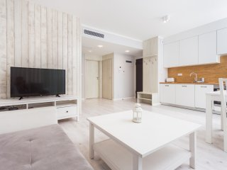 2-bedroom Apartment with balcony 10 minutes walk from Main Square and Jewish