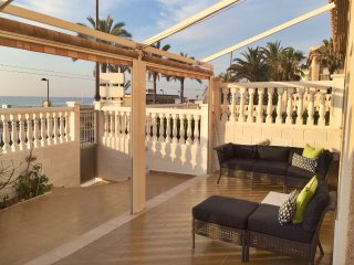 Fantastic Beach Front Apartment - 3 Bedrooms