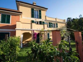 Apartment F - Balcony - Levanto Cinque Terre