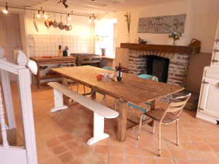 Dining area seats up to 8 people