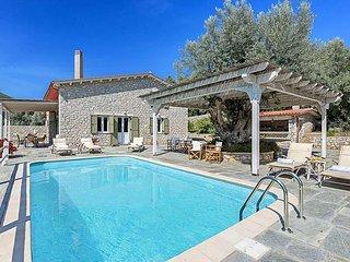 4 bedroom Villa in Syvota, Ionian Islands, Greece - 5334426