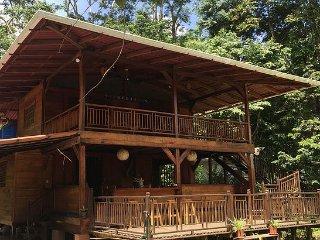 Casa Matix, charming Caribbean style 3 bedroom house