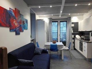 Delizioso appartamento, indipendente, centrale, elegantemente arredato.