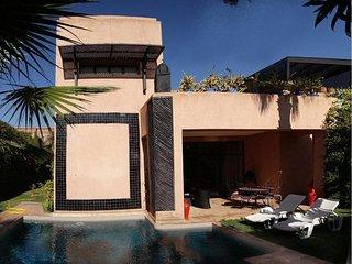 Cosy & modern  4 bedrooms villa on golf