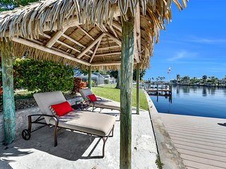 South Facing Direct Access Home in Yacht Club Area