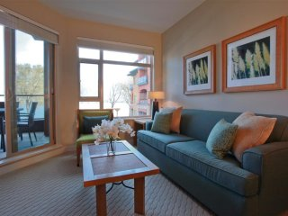 1 Bedroom Condo + Den: City View | Watermark Beach Resort, Osoyoos