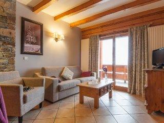 Superior 3 BR Apartment at Premium Residence Les Hauts Bois