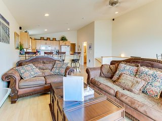 Dog-friendly with ocean views & bright interior! Just across street from beach!