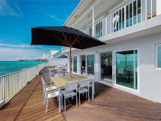 SUMMER SPECIAL—4BR on Seven Mile Beach—Serenity Now by Luxury Cayman Villas