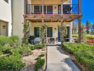 Luxury 3BD/3BA Lower w Santa Rosa Mountain Views L71