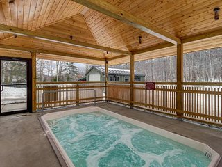 Ski-in/ski-out Sunrise condo w/private sauna - great ski retreat!