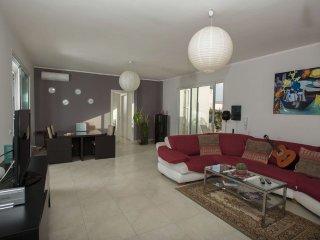 Villa La Dolce Vita mit privatem Garten 6/8 Personen 800m vom Strand