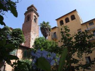 2 bedroom Apartment in Pisa, Tuscany, Italy : ref 5474856