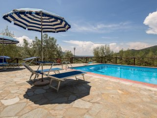 2 bedroom Apartment in Castiglion Fiorentino, Tuscany, Italy : ref 5474539