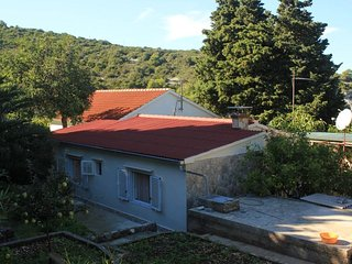 Two bedroom house Cove Rogacic bay - Rogacic (Vis) (K-8886)