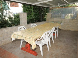 Novigrad Apartment Sleeps 6 with Air Con and WiFi - 5466812
