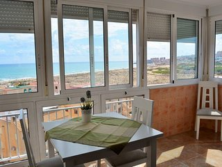 Sea view apartment in La Mata, a few metres from the beach