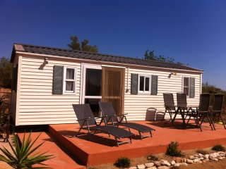 6 berth Cabin with private plunge pool set in beautiful peaceful countryside