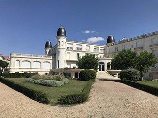 STUDIO pleine VUE MER à PONTAILLAC résidence du 'Golf'
