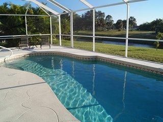 Villa SunTan with large Pool, Golf in Rotonda
