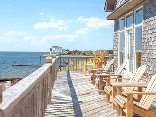 Kinnakeet Point. 8 bedroom 6 bath waterfront home with heated pool and hot tub.