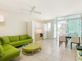 Trendy Cairns City Apartment