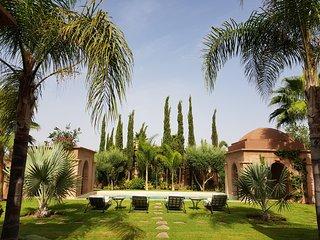 Villa avec service d'entretien, piscine et Jardin 100% privés