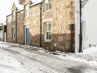 2 DEE BANK ROAD, amenities walking distance, Cairngorms National Park, centre of