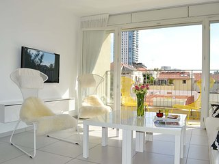 Design apt in the heart of Neve Tzedek - Terrace and Parking #N12