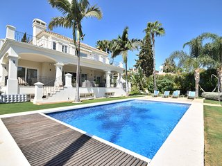 5 bedroom Villa in Nueva-Carteya, Andalusia, Spain : ref 5512429