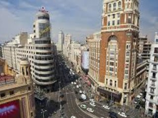 3 rooms aparment over Gran Via street