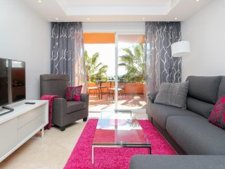 Golden Mile, Marbella apartment near the beach