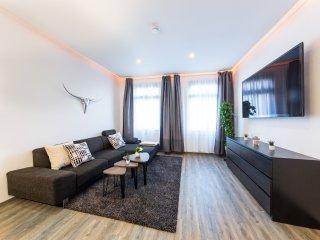 Luxurioses Apartment | tolle Lage | 80m2 | Balkon mit Gartenblick